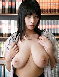 Asian Boobs pics